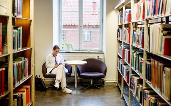 husie bibliotek öppettider